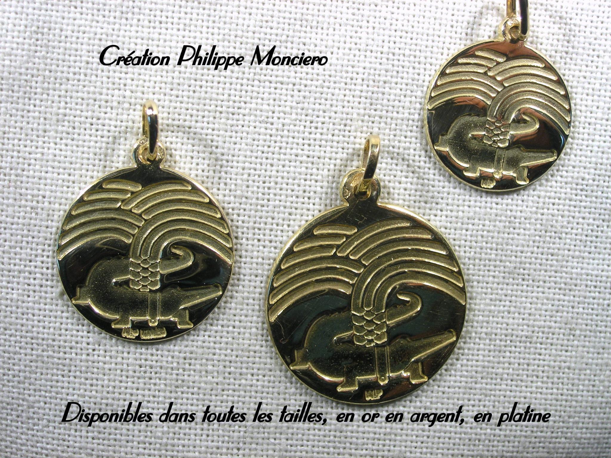 Médailles de Nîmes en or jaune. Monciero - Nîmes