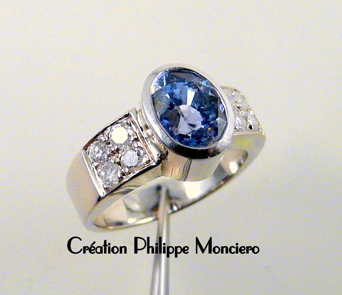 Bague saphir Ceylan et diamants. Monciero - Nîmes