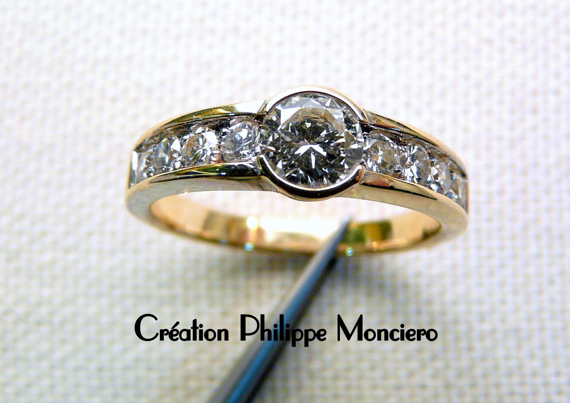 Bague diamants, bicolore. Monciero - Nîmes