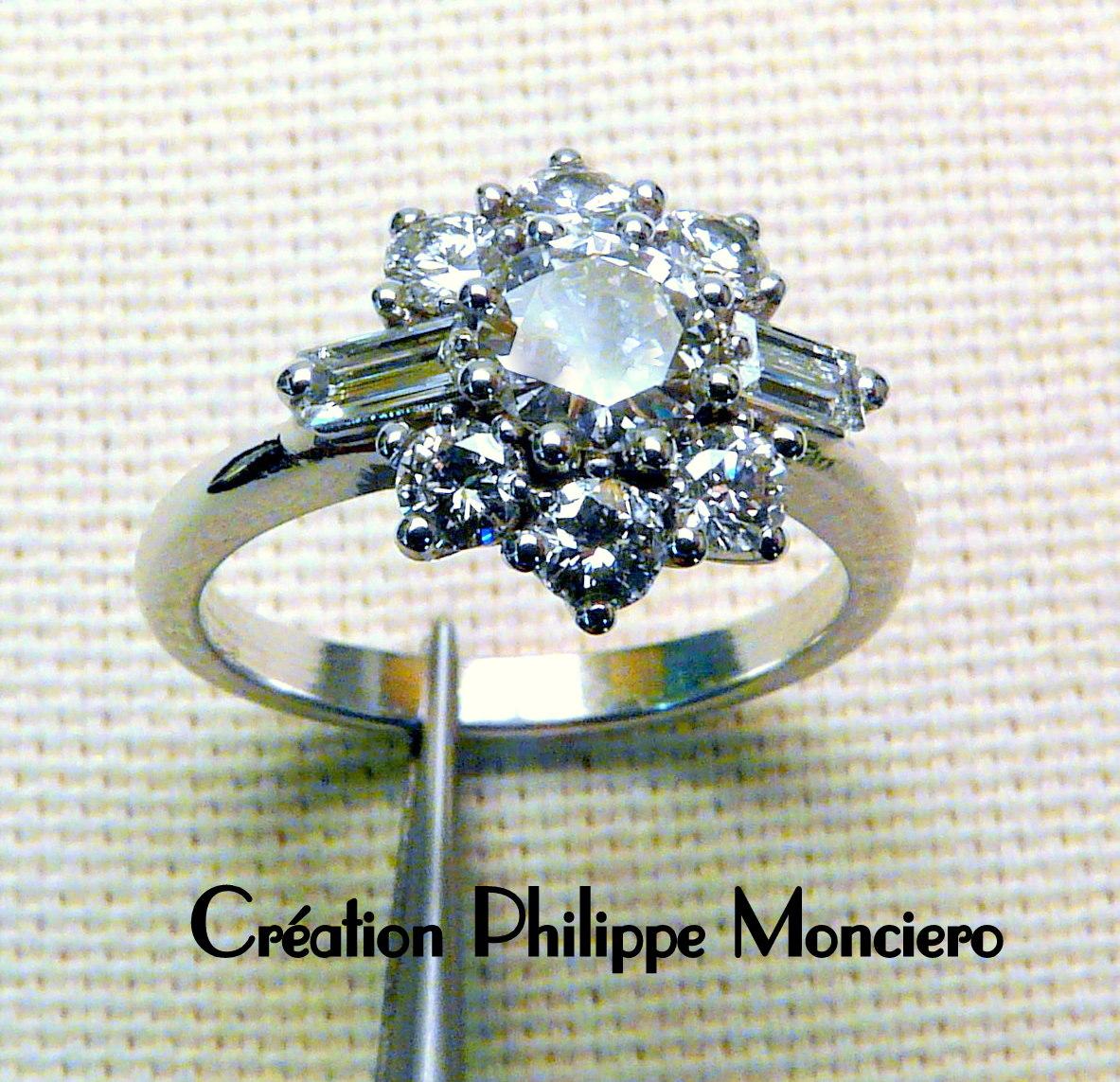 Bague diamants sur griffes. Monciero - Nîmes