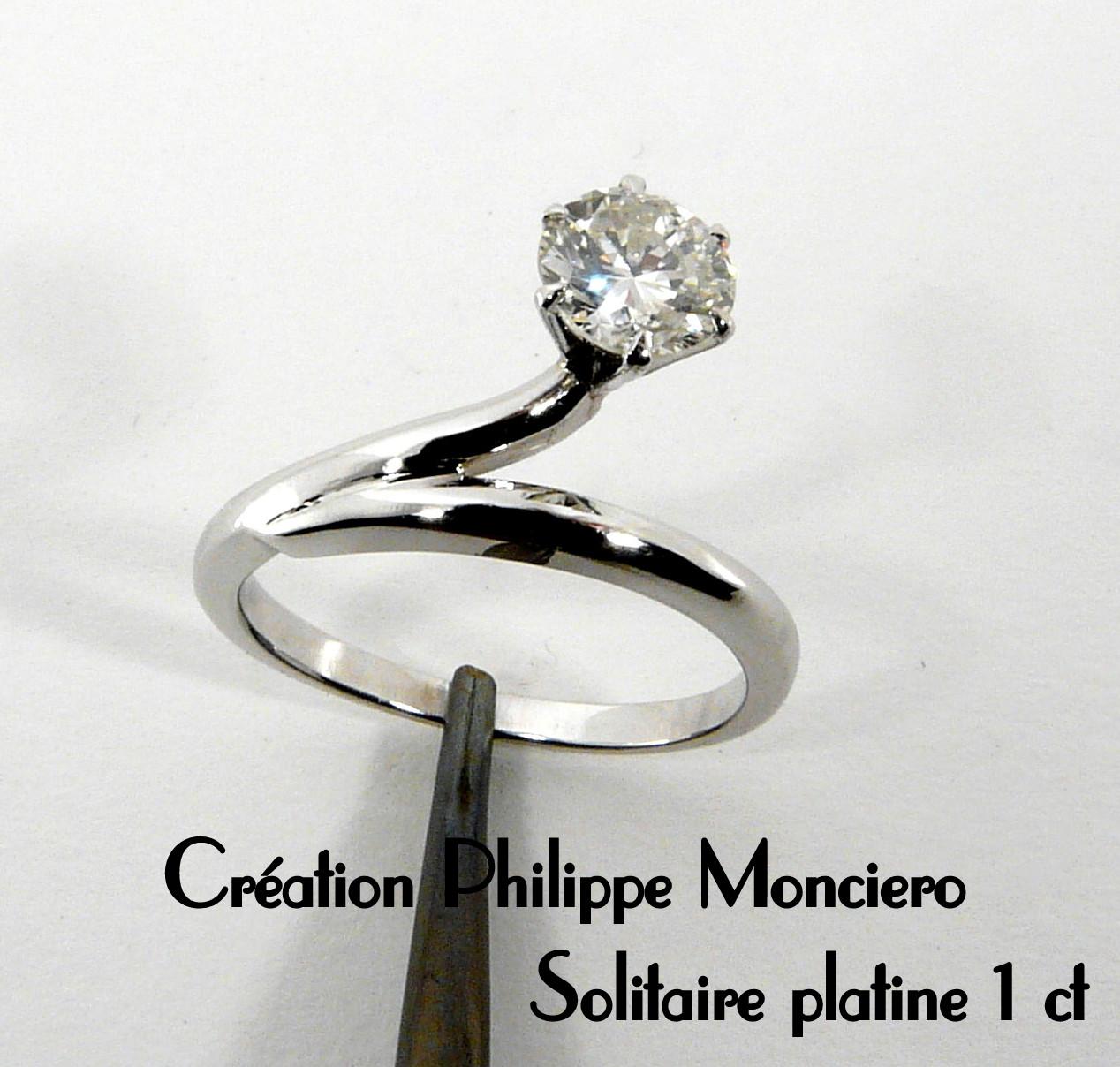 Solitaire en platine et diamant. Monciero - Nîmes