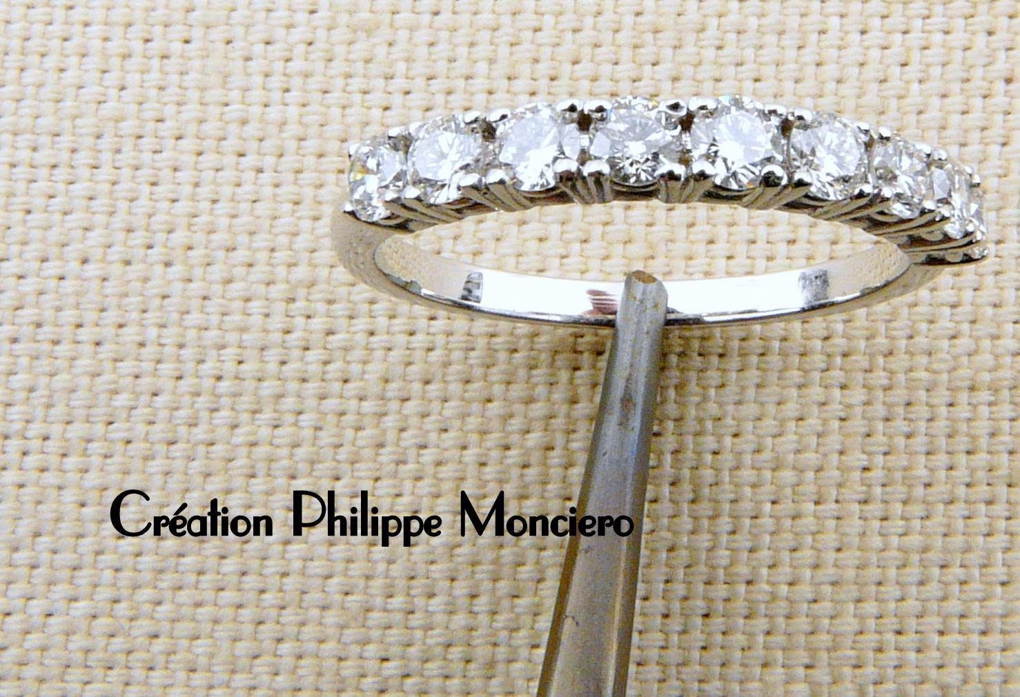 Alliance diamants sur griffes. Monciero - Nîmes