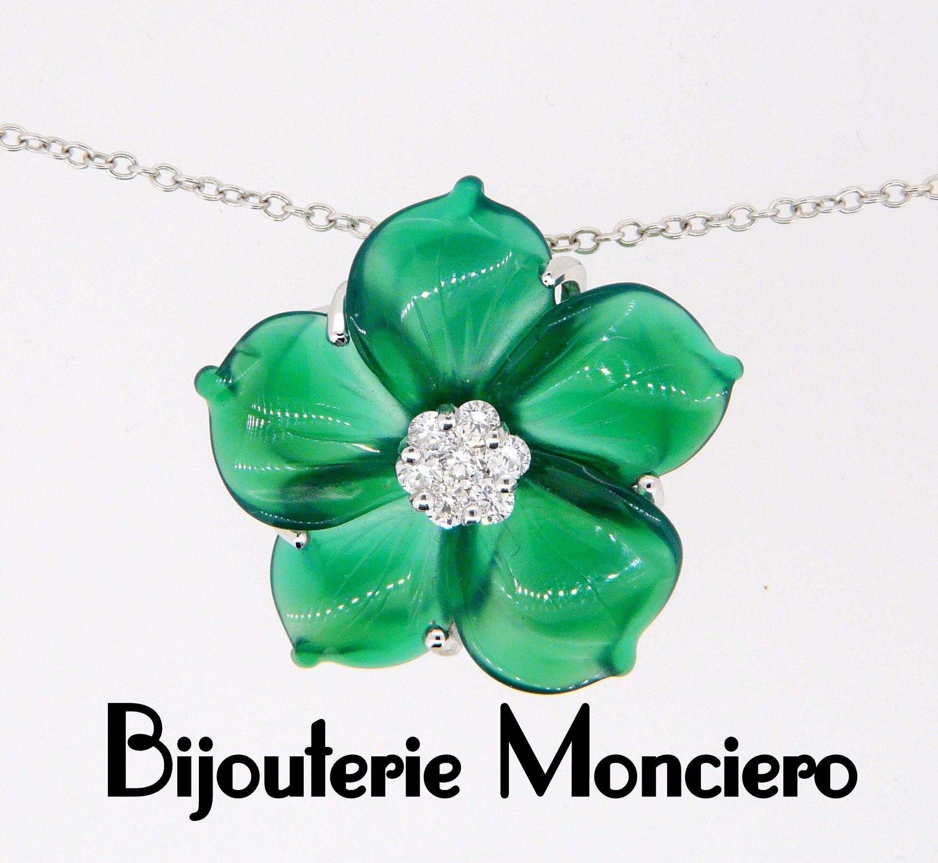 Pendentif Agate verte et diamants. Monciero - Nîmes