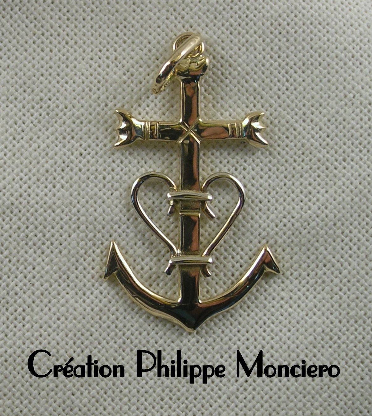 Grande croix de Camargue bicolore. Monciero - Nîmes